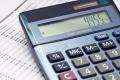 calculadora-que-muestra-el-monto-calculado-de-impuestos-en-apuestas-deportivas-hoja-de-apuestas-declaración-de-impuestos