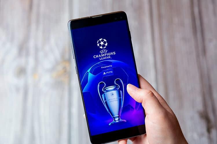 imagen-de-el-logo-de-la-champions-en-un-celular Apuesta en línea