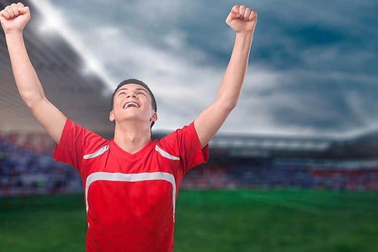Peruano-festejando-un-gol