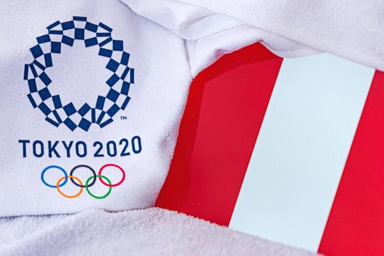 Bandera-de-los-Juegos-Olímpicos-y-de-Perú
