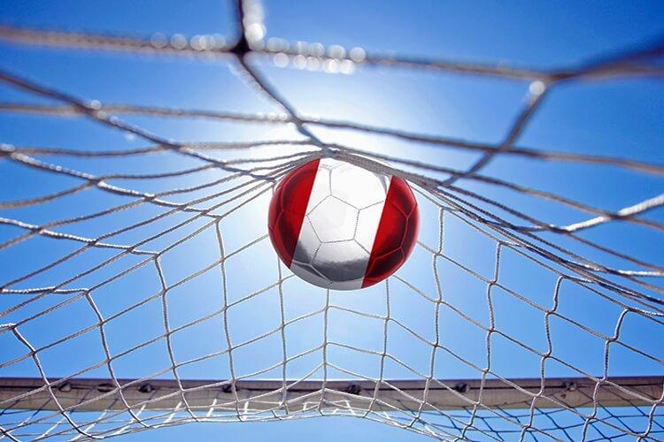 Pelota-de-fútbol-tocando-la-red Apuestas online